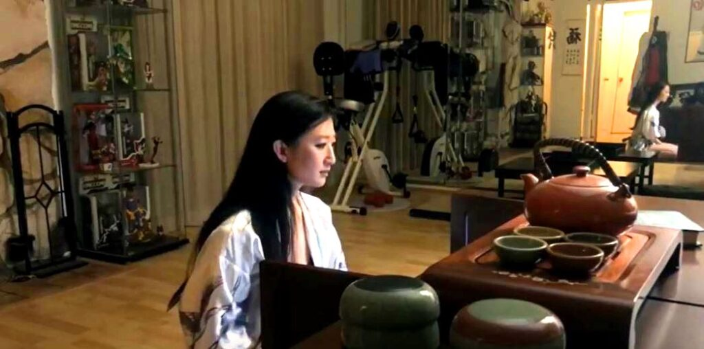 """Jennifer Zhang's Horror Film """"Charon"""" Shot on Smartphone & Edited During Lockdown"""