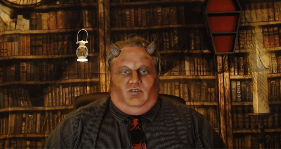 Horror Host Wows on YouTube – Barry the Movie Demon